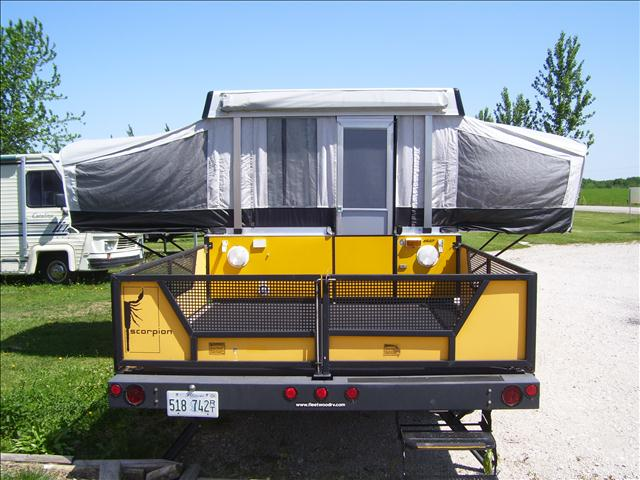 2006 Fleetwood Scorpion Toy Hauler from Starling Travel & Starling Travel » The 2006 Fleetwood Scorpion Toy Hauler: A Tent ...