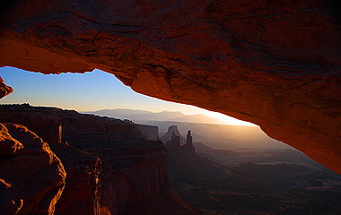 Sunrise in Canyonlands National Park by Diane Kroupa