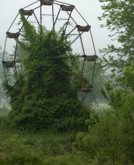 Abandoned Amusement Park from Starling Travel