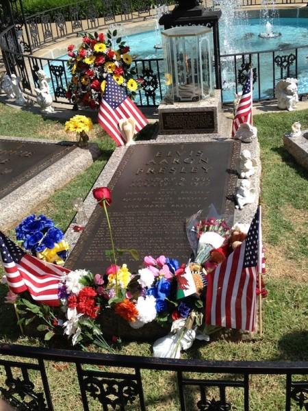 Graceland Elvis Grave