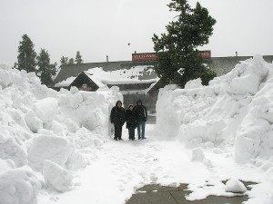 Huge snow drifts in Yellowstone from Starling Travel