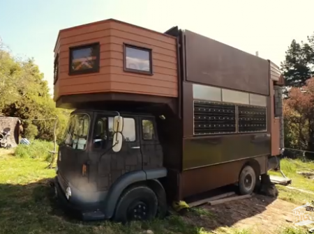 Jola and Justin's Castle on Wheels from Starling Travel