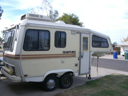 Quantum 5 Contempo Fifth Wheel Fiberglass Trailer